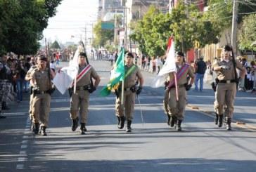 Desfile de 7 de Setembro reúne 5 mil pessoas na avenida Getúlio Vargas