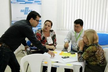 Colaboradores da PMA participam de curso voltado para o desenvolvimento econômico