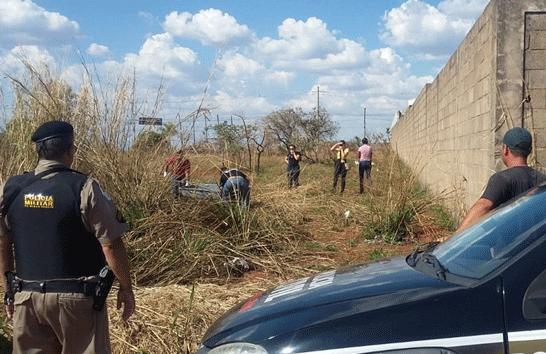 Polícia Militar encontra cadáver no bairro Santa Mônica