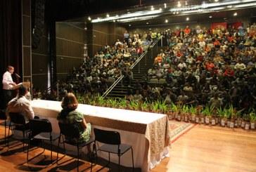 Casa do Pequeno Jardineiro forma mais 65 alunos em Araxá