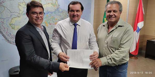 Secretário apresenta plano de trabalho de obras de mobilidade urbana para ministro da Integração Nacional
