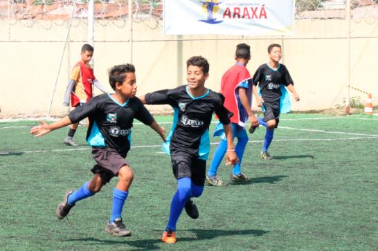 Manhã Esportiva reúne 150 crianças e adolescentes