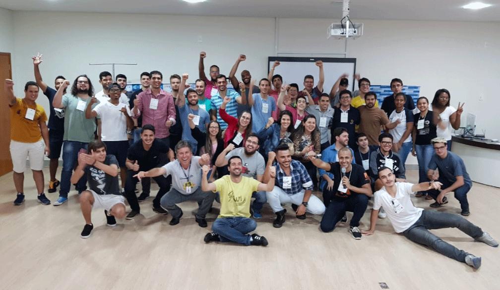 Startup Weekend capacita empreendedores em Araxá 14