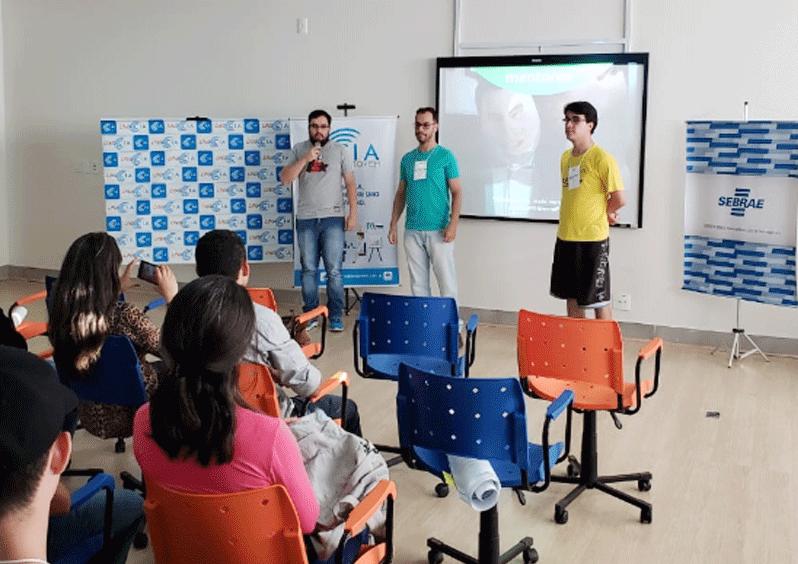 Startup Weekend capacita empreendedores em Araxá 13