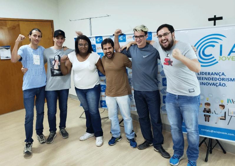 Startup Weekend capacita empreendedores em Araxá 18