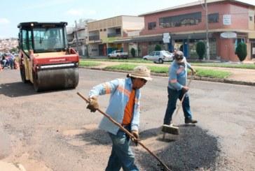 Vias da cidade recebem operação tapa-buracos