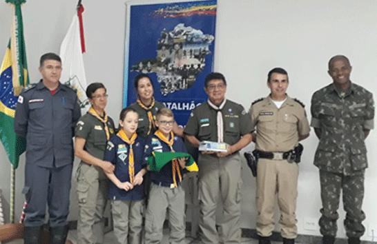 Polícia Militar realiza solenidade comemorativa ao Dia da Bandeira