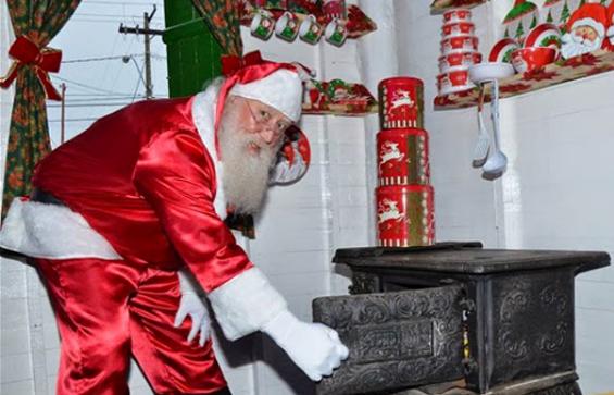 Por carta, Papai Noel anuncia chegada a Araxá no próximo domingo