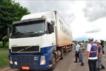 Astrran fiscaliza trânsito de veículos pesados na cidade