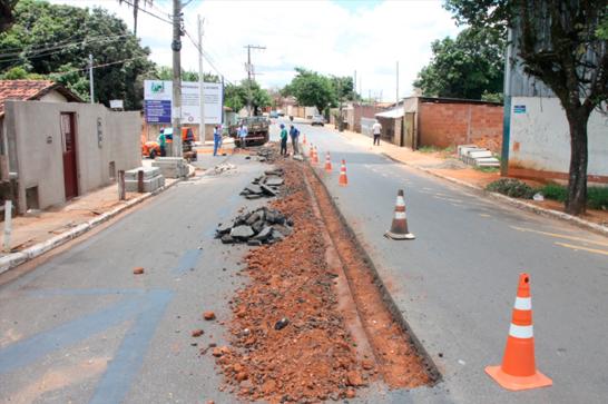 Prefeitura melhora acesso à avenida Washington Barcelos 3