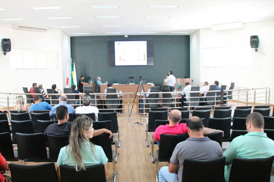 Prefeitura de Araxá diz que contas estão em dia, mesmo com a crise financeira em Minas 3