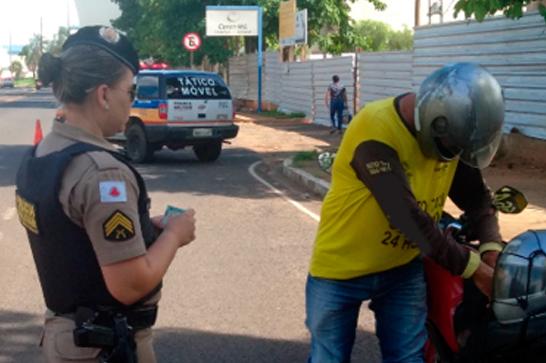 Operação Fecha Batalhão prende nove pessoas e apreende veículos, drogas e outros produtos