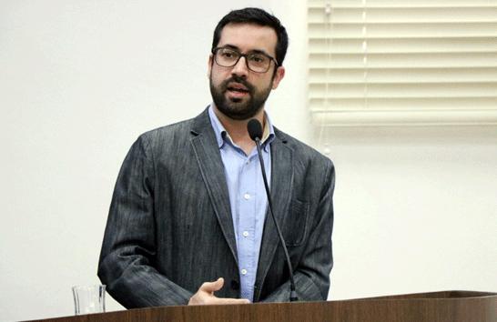 Raphael Rios cobra revisão do Plano Diretor de Araxá