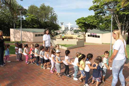 Parque do Cristo recebe visita de alunos da rede de ensino