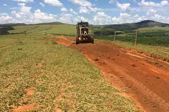 Prefeitura tem cronograma de manutenção das estradas rurais