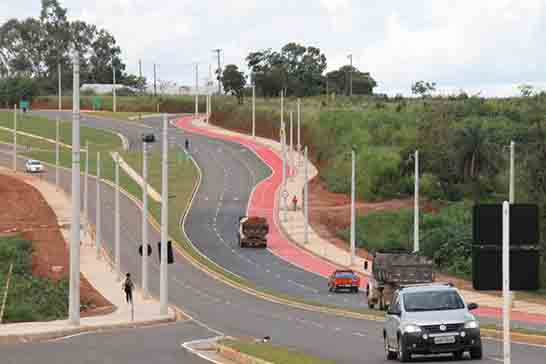 Prefeitura finaliza primeira etapa de obras da duplicação da Avenida Hitalo Ros