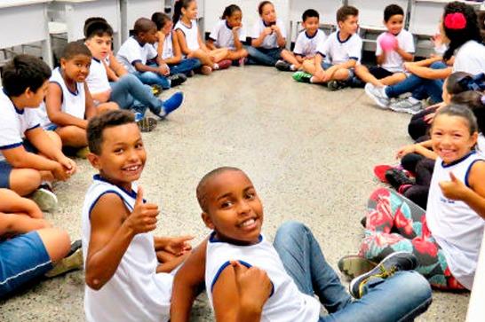 Colégio Sesc aposta na tecnologia como incremento à educação