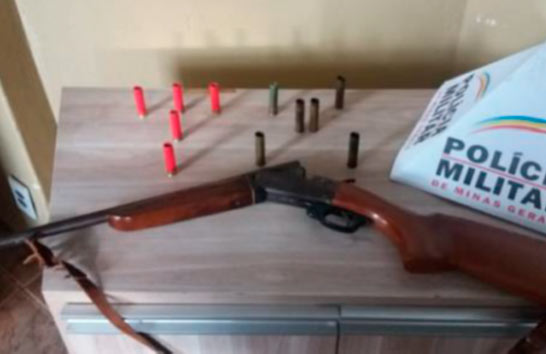 PM apreende arma de fogo na zona rural