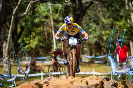 Avancini e Campuzano são os campeões do Short Track na CIMTB Michelin em Araxá