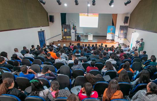 Semana do Trânsito reforça a importância da educação dos futuros motoristas
