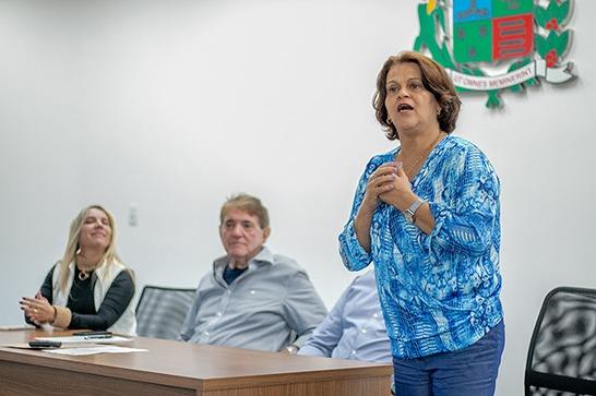 Prefeito Aracely participa de primeira reunião com a nova Secretária de Educação