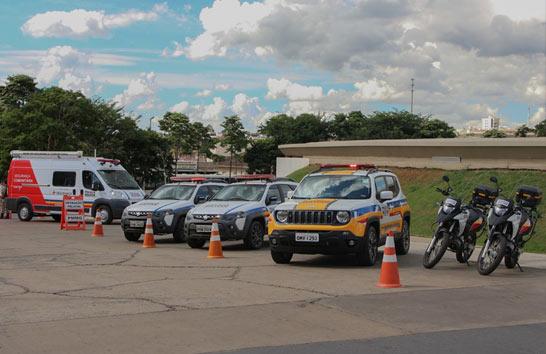 Romeu Zema realiza entrega de viaturas para reforço da segurança da região 1