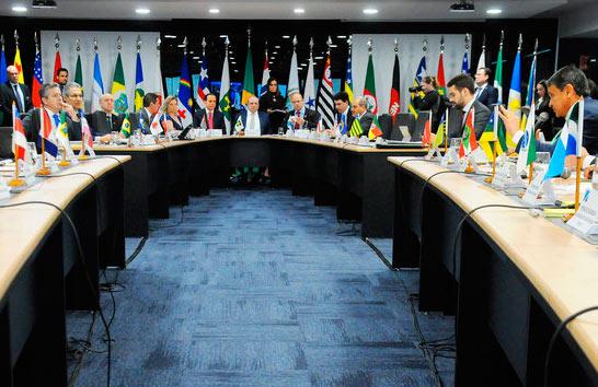 Romeu Zema participa do Fórum dos Governadores em Brasília