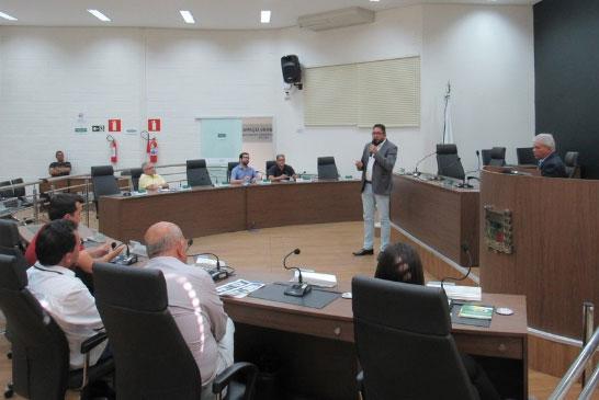 Orçamento Impositivo é debatido no plenário da Câmara Municipal