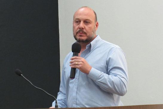 Representante da MacCain apresenta informações sobre abertura de fábrica em Araxá