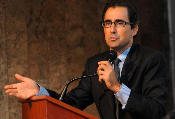 Professor Weber do Amaral abre Semana de C&T do Uniaraxá