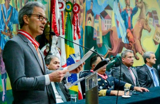 Romeu Zema defende união e sensibilidade dos Poderes para reerguer o Estado