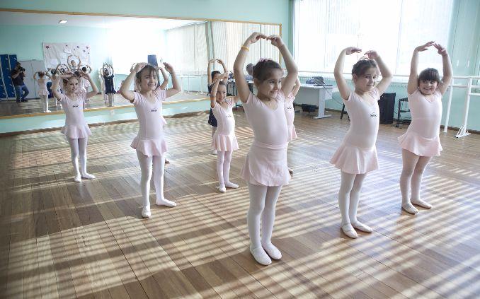 Inscrições gratuitas para oficina de ballet no Sesc Araxá