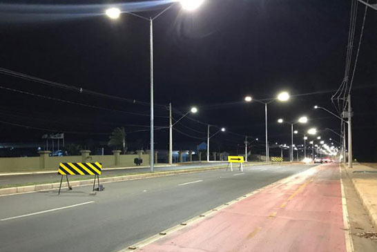 Prefeitura implanta iluminação de LED na Hitalo Ros