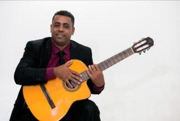 Músico araxaense prestigia Araxá e Uberlândia com o melhor da música instrumental