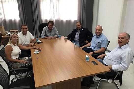 Diretores da McCain na América Latina participam de reunião com Aracely