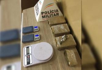 Casal é preso e PM apreende tabletes de maconha no São Francisco