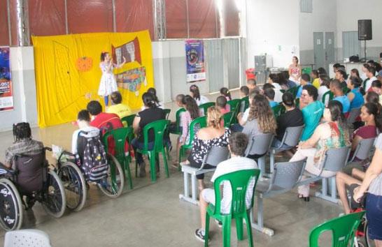 Apae e oficina no primeiro dia do Tri Ciclo em Araxá