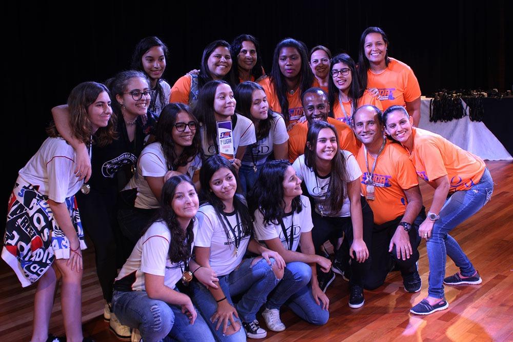 Colégio São Domingos premia escolas e atletas que participaram dos JDA 1
