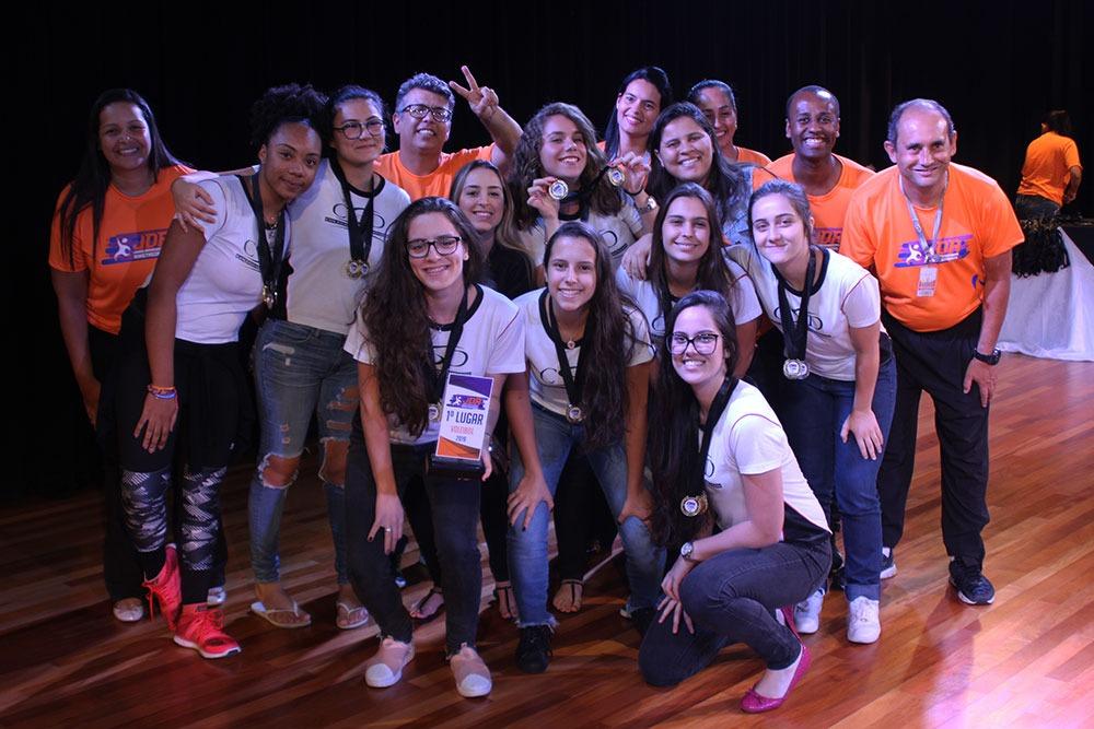 Colégio São Domingos premia escolas e atletas que participaram dos JDA 2