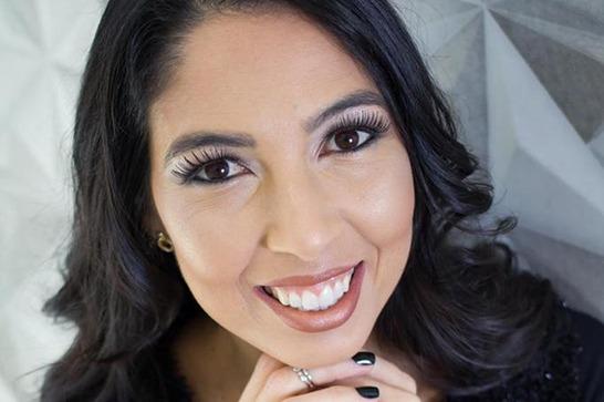 Escritora Araxaense lança segundo romance nas plataformas digitais
