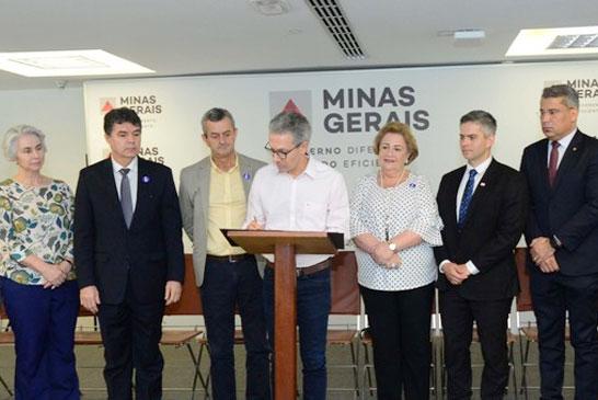 Romeu Zema lança programa de conversão de multas em serviços ambientais