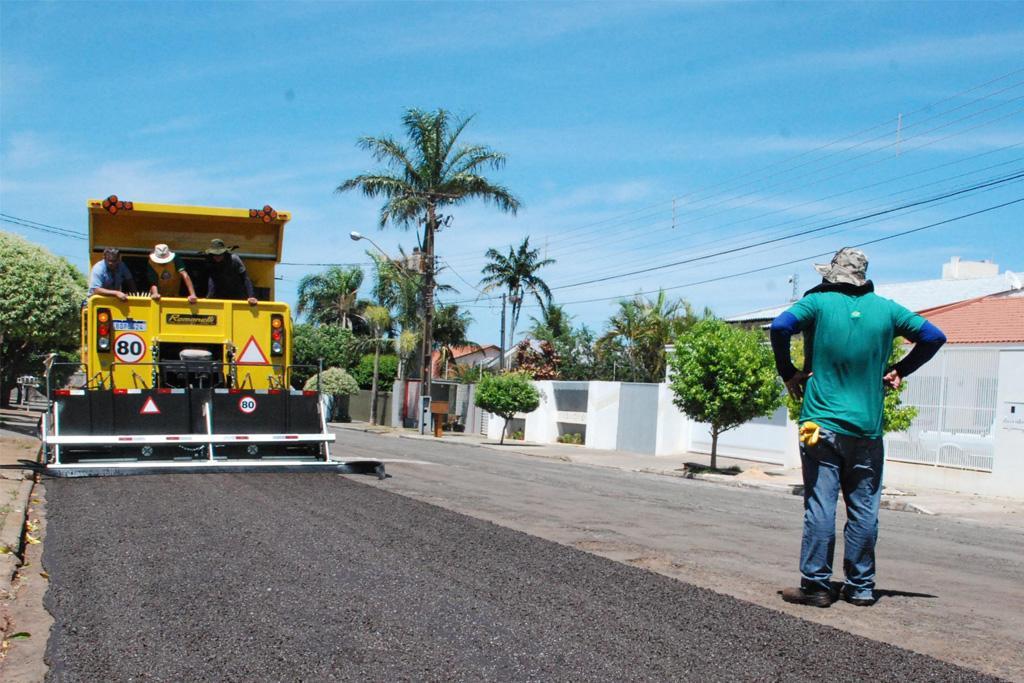 Raphael Rios pede agilidade para retomada de manutenção da iluminação pública em Araxá 1