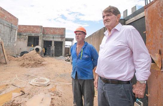 Construção da UBS no bairro Max Neumann segue dentro do cronograma previsto