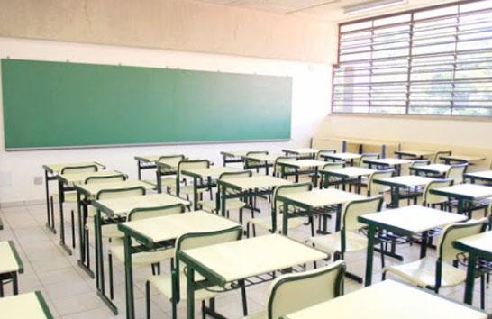 Pais ou responsáveis já podem consultar as escolas estaduais com vagas remanescentes