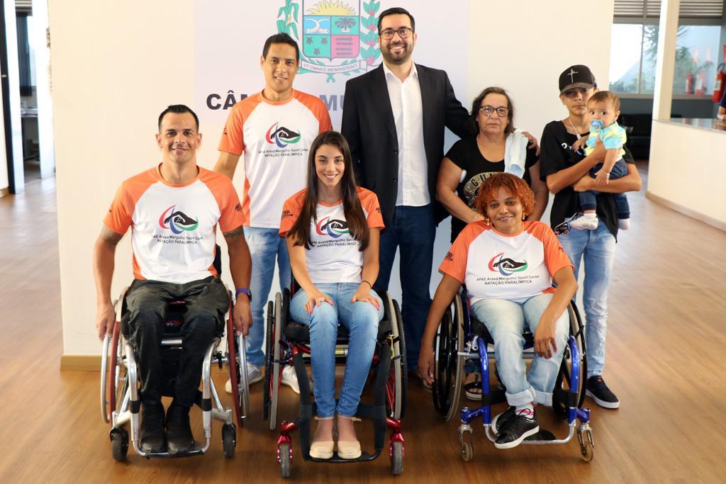 Raphael Rios questiona falta de medicamentos na Farmácia Municipal 4
