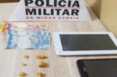 PM prende suspeito de tráfico no bairro Francisco Duarte