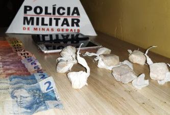 PM prende envolvidos com o tráfico de drogas e apreende crack
